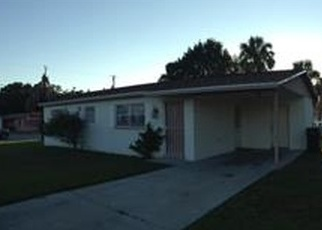 Foreclosed Home en W CYPRESS ST, Tampa, FL - 33606
