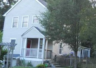 Foreclosed Home en TALMADGE ST, Derby, CT - 06418