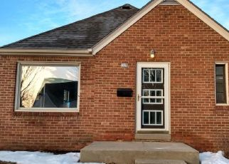 Foreclosed Home en S 57TH ST, Milwaukee, WI - 53219