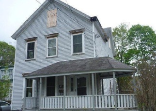 Foreclosed Home en N WARREN ST, Athens, NY - 12015