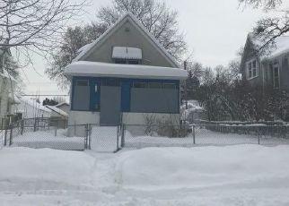 Foreclosed Home en MATILDA ST, Saint Paul, MN - 55117