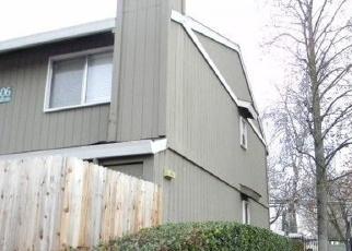 Foreclosed Home en HAMILTON ST, Sacramento, CA - 95842