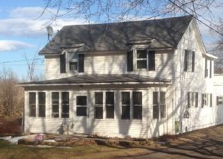 Foreclosed Home en OTTER ST, Alexandria Bay, NY - 13607