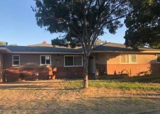 Foreclosed Home en E MICHIGAN AVE, Fresno, CA - 93703