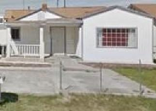 Foreclosed Home en HOLLY AVE, Colton, CA - 92324