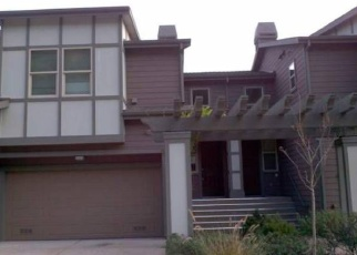 Foreclosed Home en BLUE ROCK CT, Oakland, CA - 94605