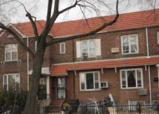 Foreclosed Home en 77TH ST, Jackson Heights, NY - 11372