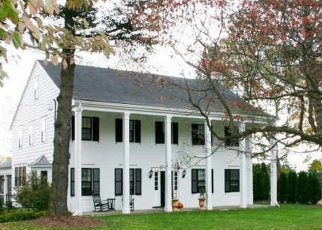 Foreclosed Home en SHELTON RD, Trumbull, CT - 06611