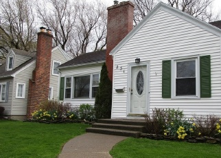 Foreclosed Home en OAKLAWN DR, Rochester, NY - 14617