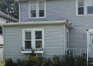 Foreclosed Home en HARRISON ST, West Hempstead, NY - 11552