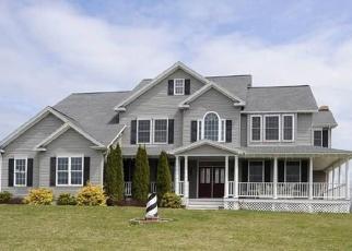 Foreclosed Home en BONNIE VU LN, New Milford, CT - 06776