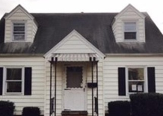 Foreclosed Home en STONYBROOK RD, Stratford, CT - 06614