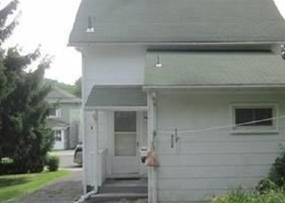 Foreclosed Home en DUPONT AVE, Newburgh, NY - 12550