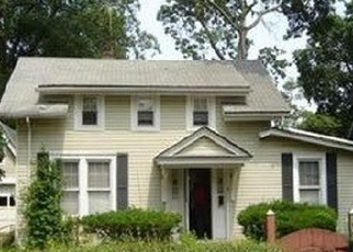 Foreclosed Home en WESTFIELD AVE, Roosevelt, NY - 11575