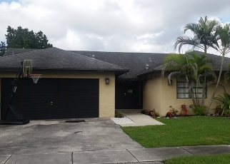 Foreclosed Home en SW 97TH ST, Miami, FL - 33186