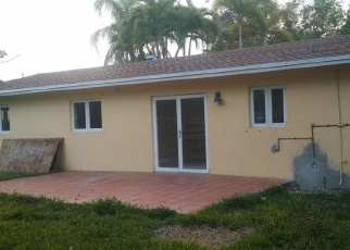 Foreclosed Home en SW 91ST AVE, Miami, FL - 33157