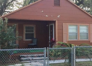 Foreclosed Home en E CHELSEA ST, Tampa, FL - 33610