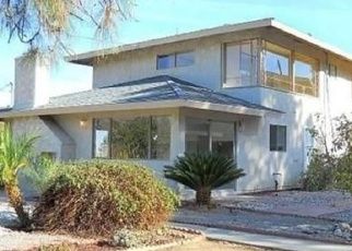 Foreclosed Home en WESTWOOD ST, Colton, CA - 92324