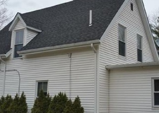 Foreclosed Home en VALLEY RD, Danielson, CT - 06239