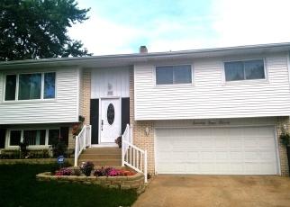 Casa en ejecución hipotecaria in Hanover Park, IL, 60133,  EAST AVE ID: P1058865