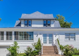 Casa en ejecución hipotecaria in Freeport, NY, 11520,  ROOSEVELT AVE ID: P1058978