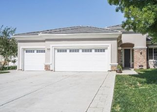 Foreclosed Home en CALICO COVE CT, Bakersfield, CA - 93306