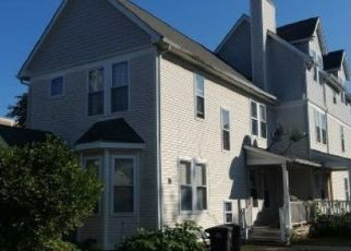 Foreclosed Home en HENRY ST, New Haven, CT - 06511