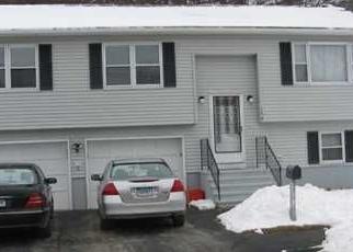Foreclosed Home en DANIELLE DR, Waterbury, CT - 06704