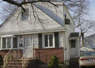 Foreclosed Home in ARLINGTON AVE, Valley Stream, NY - 11580