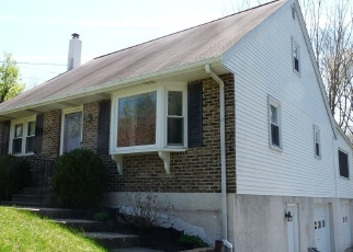 Foreclosed Home en HANOVER DR, Pottstown, PA - 19464