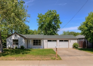 Foreclosed Home en AZUSA ST, Sacramento, CA - 95833