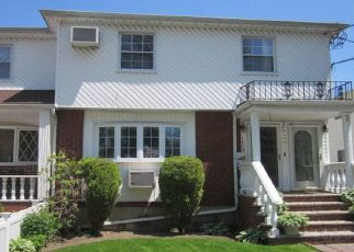 Foreclosed Home en 259TH ST, Rosedale, NY - 11422