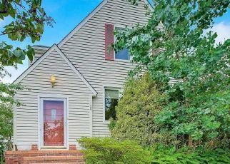 Foreclosed Home in MARLBORO RD, Valley Stream, NY - 11581