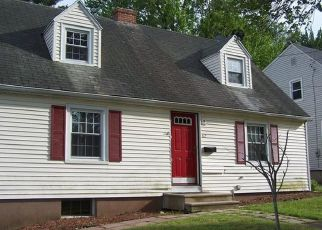 Foreclosed Home en WELLS RD, Wethersfield, CT - 06109