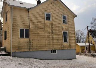 Casa en ejecución hipotecaria in Putnam, CT, 06260,  NICHOLS ST ID: P1061032