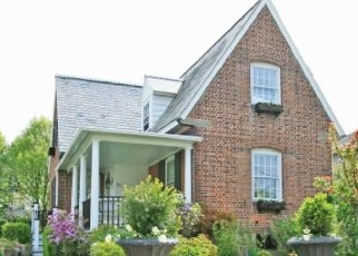 Foreclosed Home in NEWELL PL, Fairfield, CT - 06824