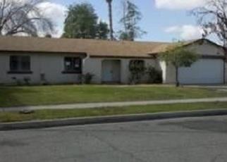 Foreclosed Home en W WINCHESTER DR, Rialto, CA - 92376