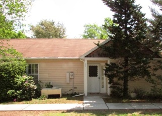 Foreclosed Home en HIDDEN RIDGE DR, Monticello, NY - 12701