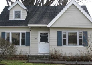 Foreclosed Home en BRITTON RD, Rochester, NY - 14612