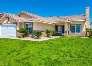 Foreclosed Home en STEERHEAD DR, Bloomington, CA - 92316