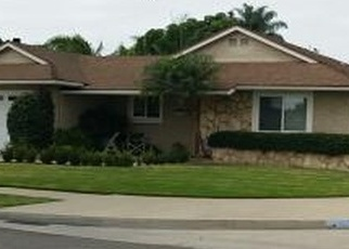 Foreclosed Home en ELM ST, Fountain Valley, CA - 92708