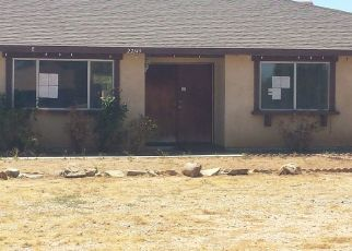 Foreclosed Home en MOHICAN AVE, Apple Valley, CA - 92307