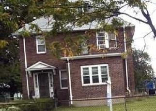 Foreclosed Home en CORNWALL ST, Hartford, CT - 06112