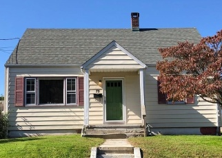 Foreclosed Home in FAIRVIEW AVE, Stratford, CT - 06614