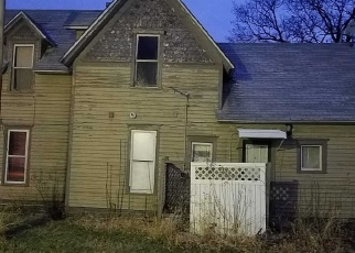 Foreclosed Home in W OAK ST, Paxton, IL - 60957
