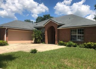 Foreclosed Home en TURNING LEAF LN, Jacksonville, FL - 32221