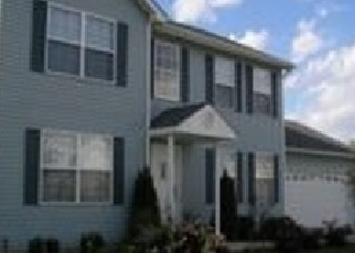 Foreclosed Home en EDGERTON DR, Joliet, IL - 60435
