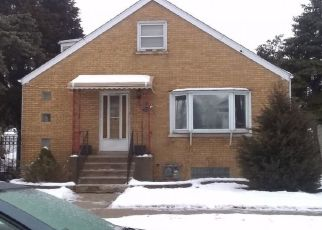 Foreclosed Home in HIGHLAND AVE, Berwyn, IL - 60402