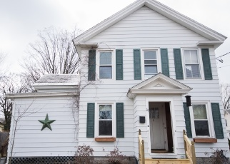 Foreclosed Home en FULTON ST, Glens Falls, NY - 12801