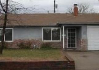 Foreclosed Home en ALCOTT DR, Sacramento, CA - 95820